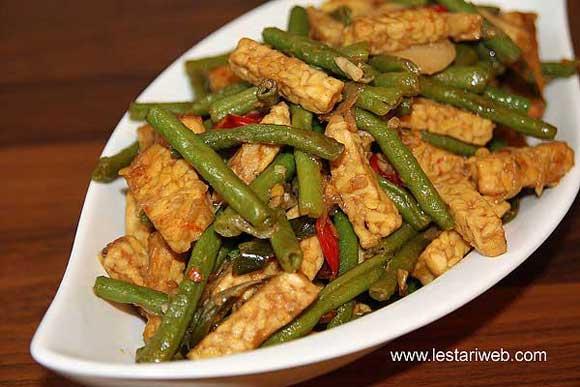 Stir-Fried Tempeh & Long Bean