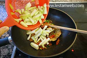 Add the sliced chayote