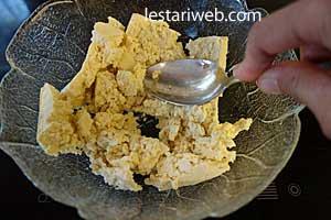 scrambling tofu