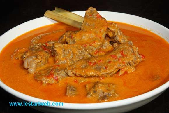 Makassarese Beef Stew