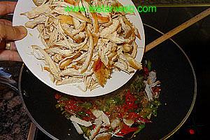 Add the torn chicken