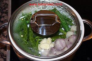 steam green chillies