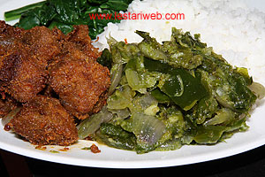 serve green chili sambal