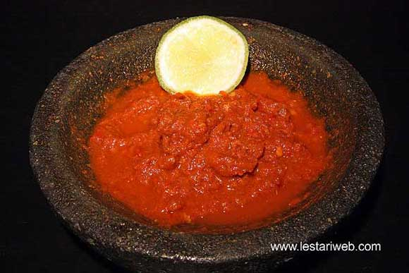 Sambal for Black Beef Soup