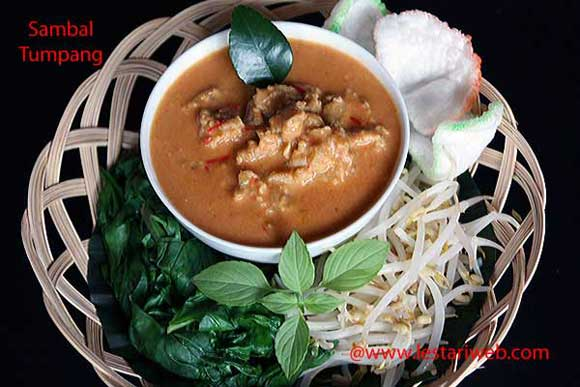 Tempeh in Spicy Coconut Sauce