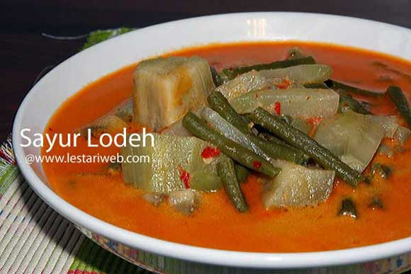 Spiced Vegetable In Coconut Milk