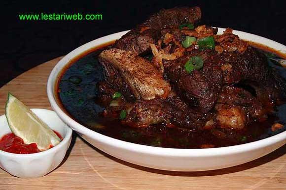 Makassarese Beef Rib Soup