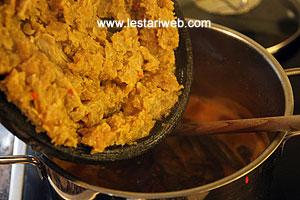 tempeh in saucepan