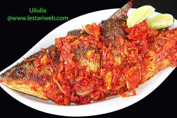 Fried Fish in Chilli Sambal from Gorontalo