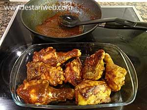 Pyrex Glass or baking pan