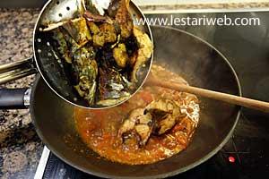 add fried fish